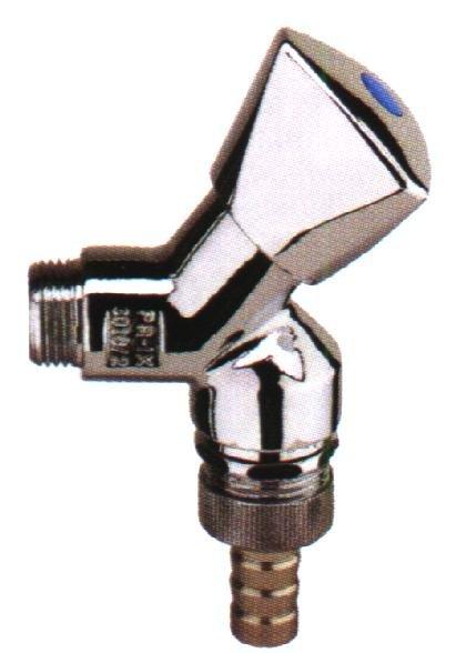 Auslaufventil 1/2, mit Schlauchverschraubung, mit Rohrbelüfter, (DIN DVGW), mit RV, mit Dreikant-Haubengriff, hochglanz poliert